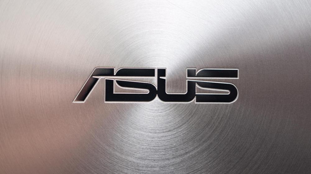 Asus Zenfone 3 появится не раньше марта