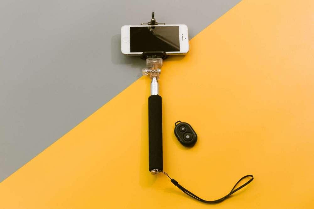 Обзор селфи-палок Rombica Smart Pod  - умные моноподы