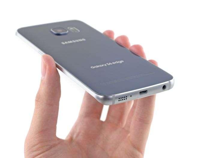 Samsung принесли обновление для Galaxy S6