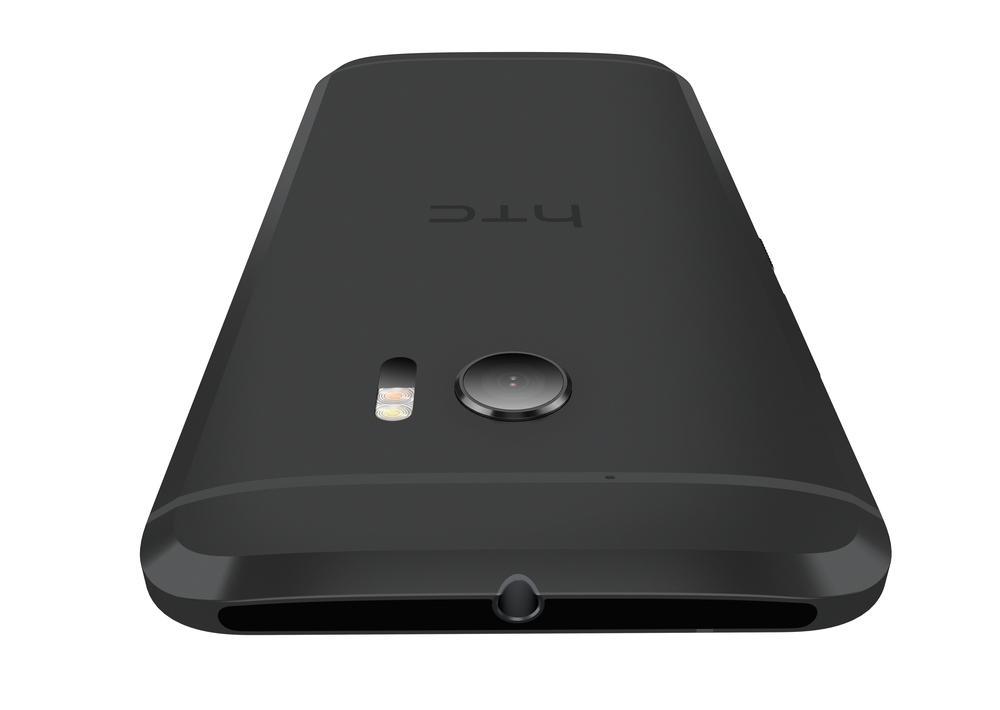 HTC 10 представлен официально