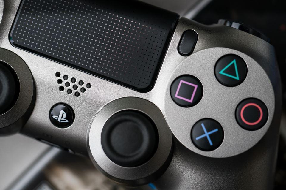 Возможно, вместе с Playstation Neo случится обновление обычной PS4