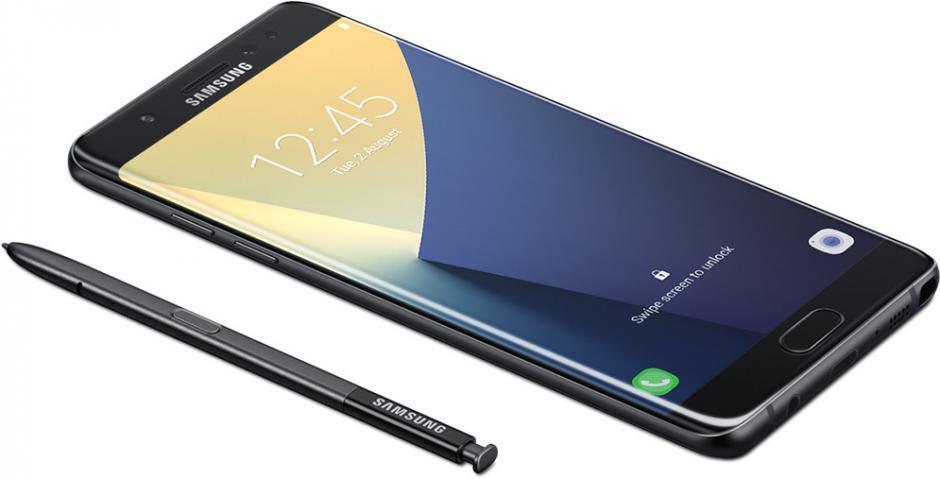 Samsung Galaxy S8 с экраном во всю переднюю панель