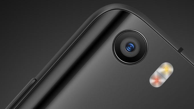 Оптическая стабилизация Xiaomi Mi 5 и iPhone 6 в сравнении