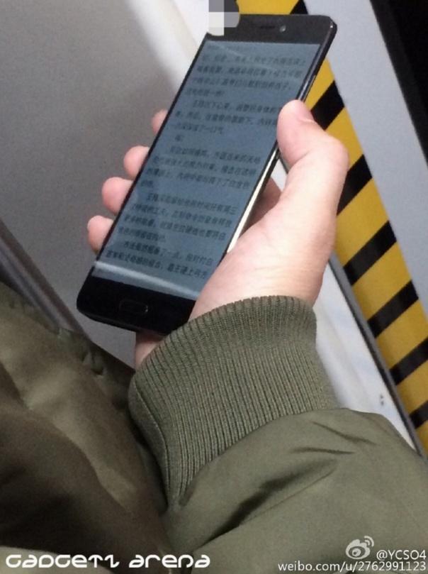 Xiaomi Mi 5 в чёрном, живые фото