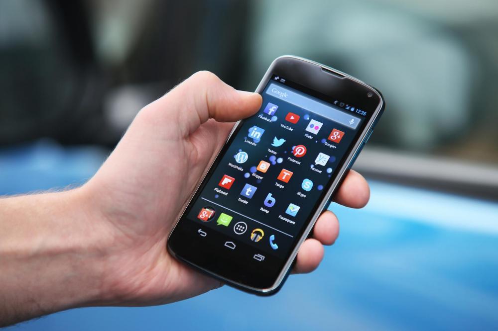 Смартфоны получают до 5000 касаний в день
