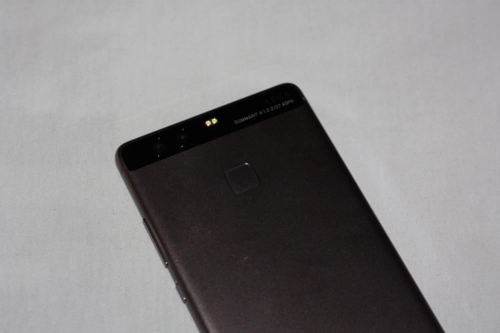 Huawei P9 - плавный фаблет от китайской компании