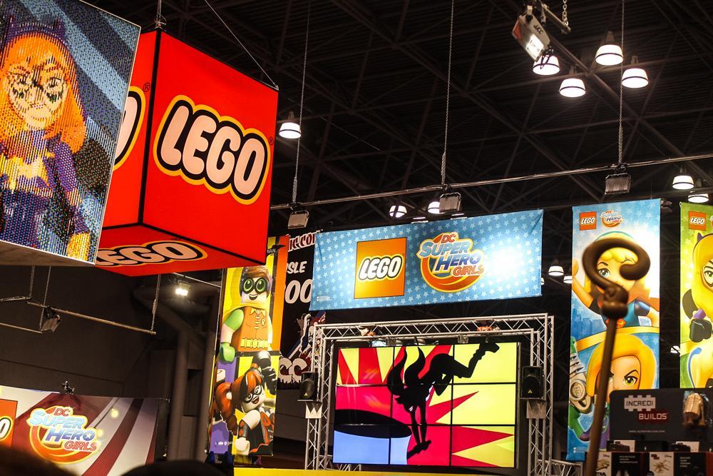Компания LEGO представила супергеройские новинки на New York Comic Con 2016