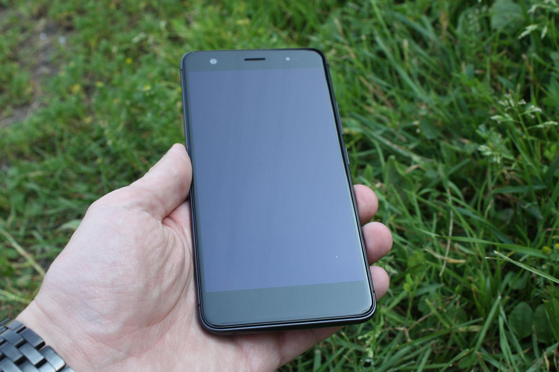 Обзор недорогого музыкального смартфона Highscreen Fest XL