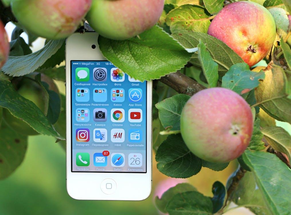 Android-вендоры стыдят Apple за замедление смартфонов и сами так не делают