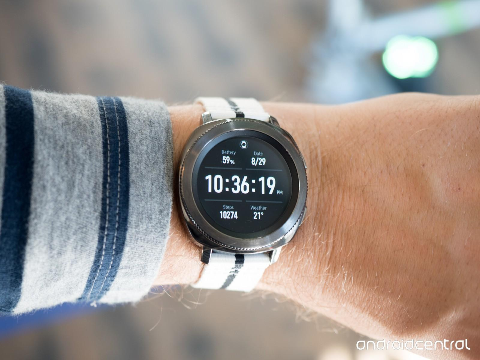 Лучшие смартфон, планшет, умные часы 2017 года по версии западных СМИ