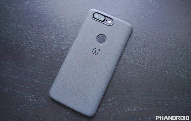 OnePlus 6 появится в марте со сканером отпечатка под стеклом