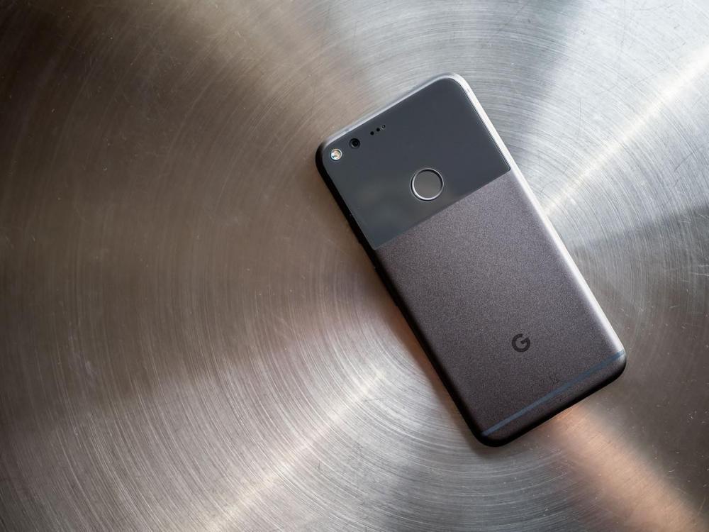 Google нанимает сотрудника Apple для помощи с производством чипсетов