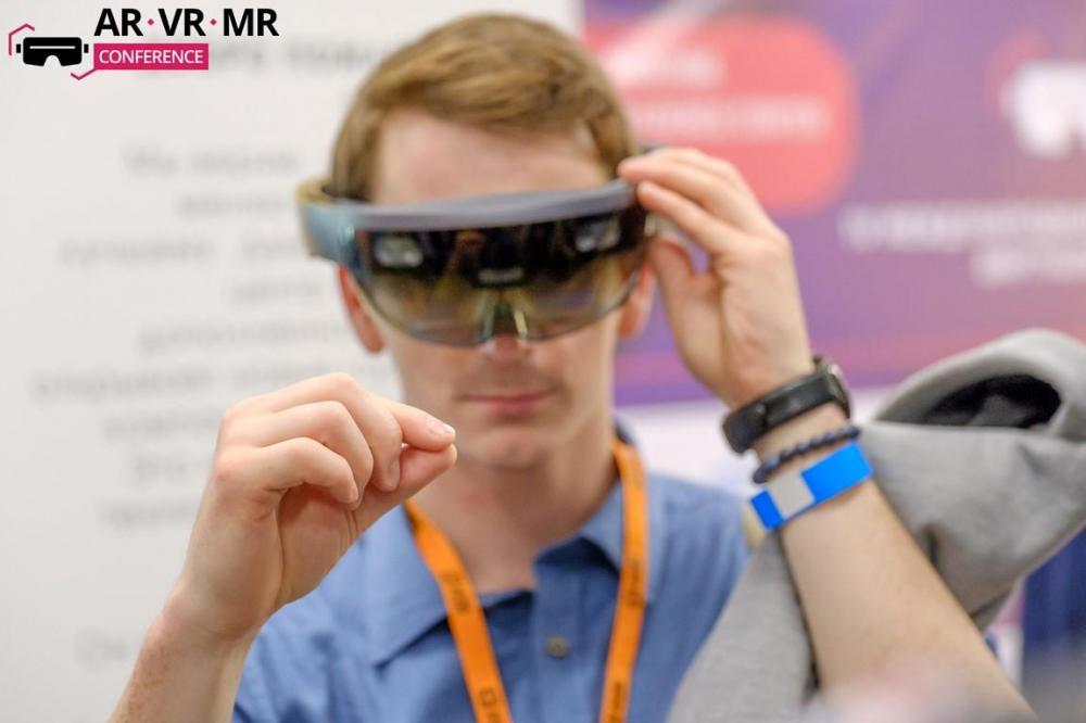 Известные спикеры, горячие обсуждения, крутые девайсы и Битва стартапов – 8 июня в Москве прошла AR/VR/MR Conference 2017