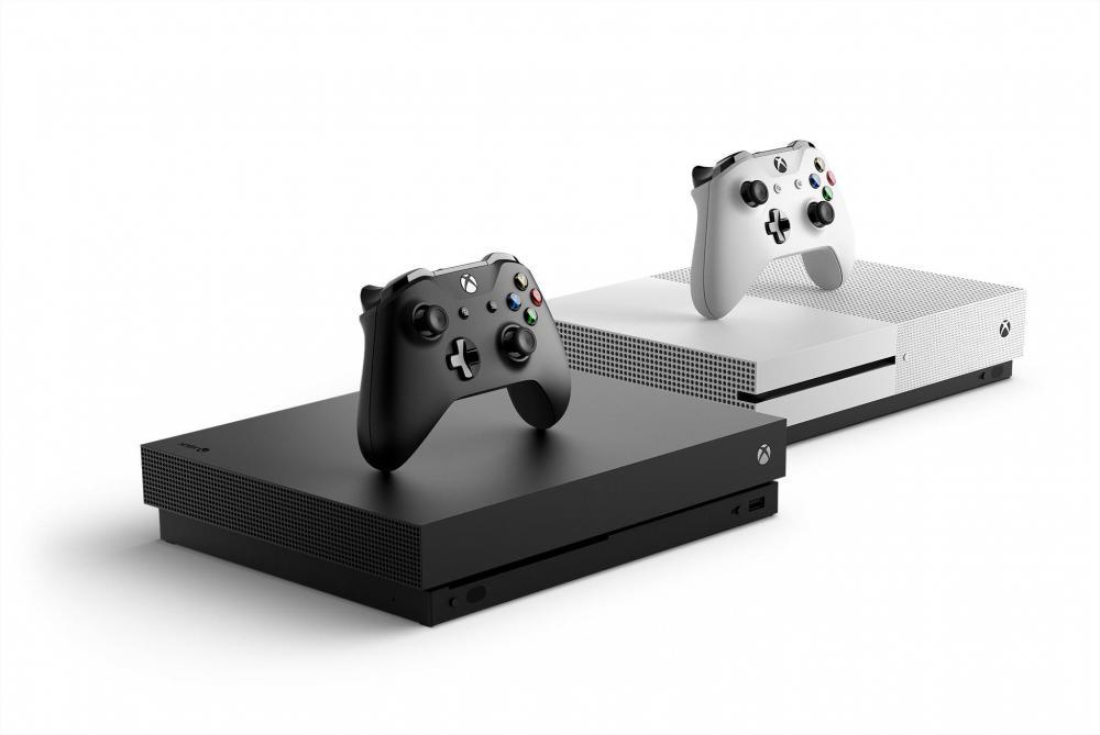 Microsoft запустила Xbox One X