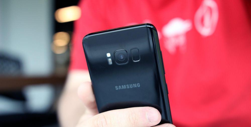 Samsung снова не успела: новый сканер отпечатков пальцев для Galaxy Note 8 не готов
