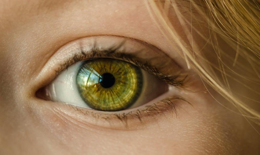 Сканер сетчатки глаза Samsung Galaxy S8 может привести к катаракте