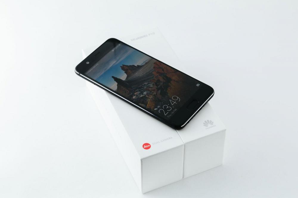 Huawei запускает в продажу часы Watch 2, смартфоны P10 и P10 Plus