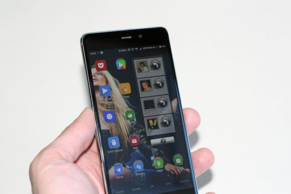 Обзор смартфона Xiaomi Redmi 4 Prime - перед ним сложно устоять