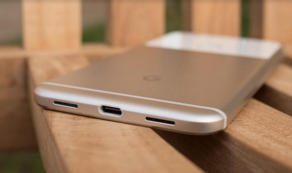 У смартфонов Google Pixel 2 может не оказаться разъёма 3,5 мм
