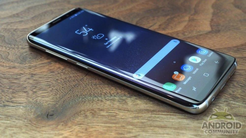 Сканер радужной оболочки Galaxy S8 обманули - реакция Samsung