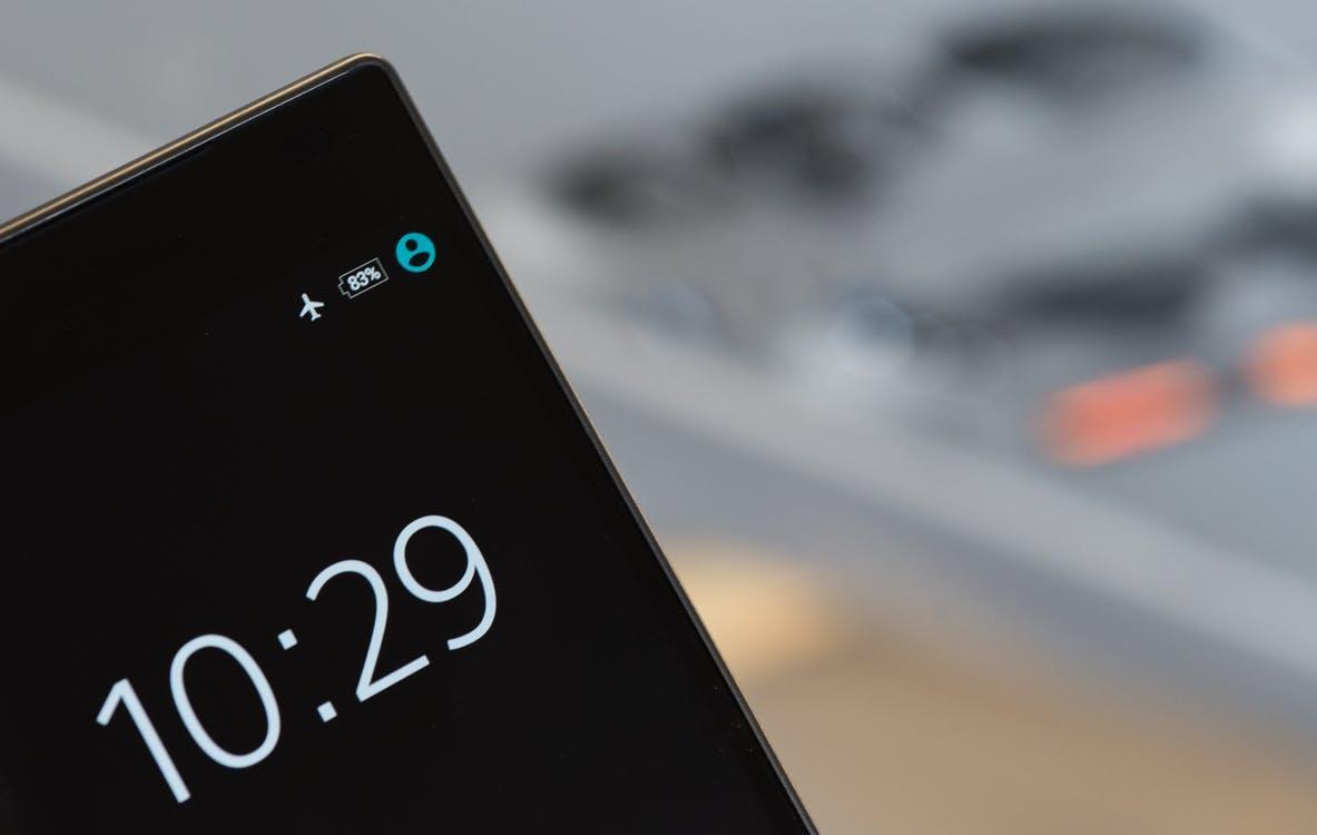 11 смартфонов с самым большим времени работы от аккумулятора