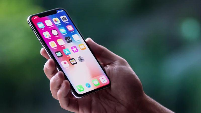 Тим Кук считает, что если отказаться от кофе, всем хватит денег на iPhone X