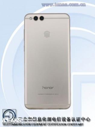 Honor 7X появился в Geekbench до релиза