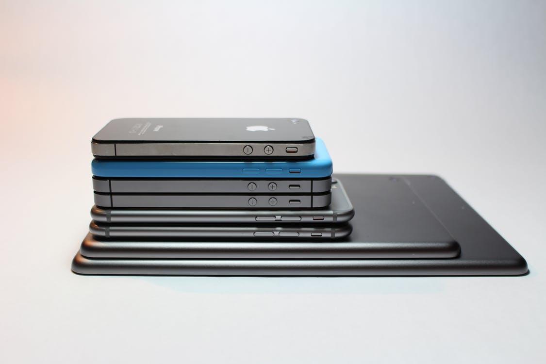 Сколько Samsung заработает с каждого проданного iPhone X