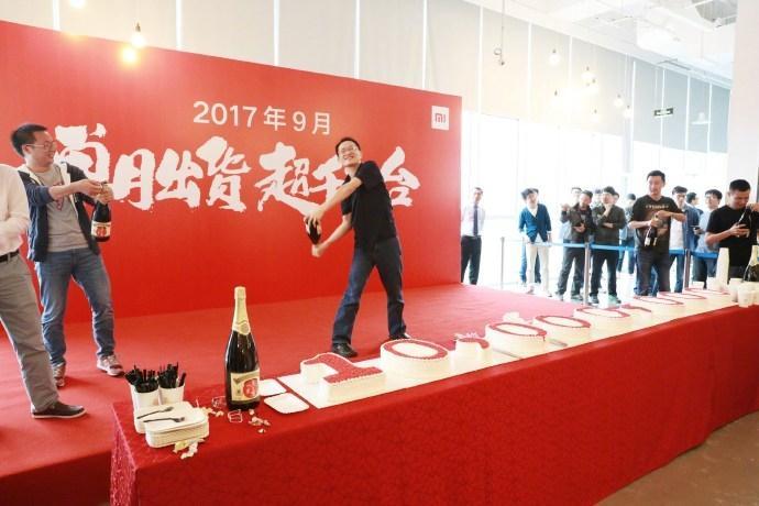 Xiaomi засентябрь продали 10 млн телефонов