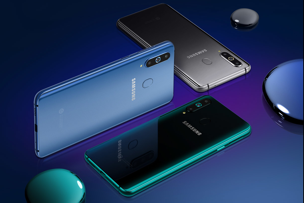 Чем кроме отверстия вэкране интересен Samsung Galaxy A8s?
