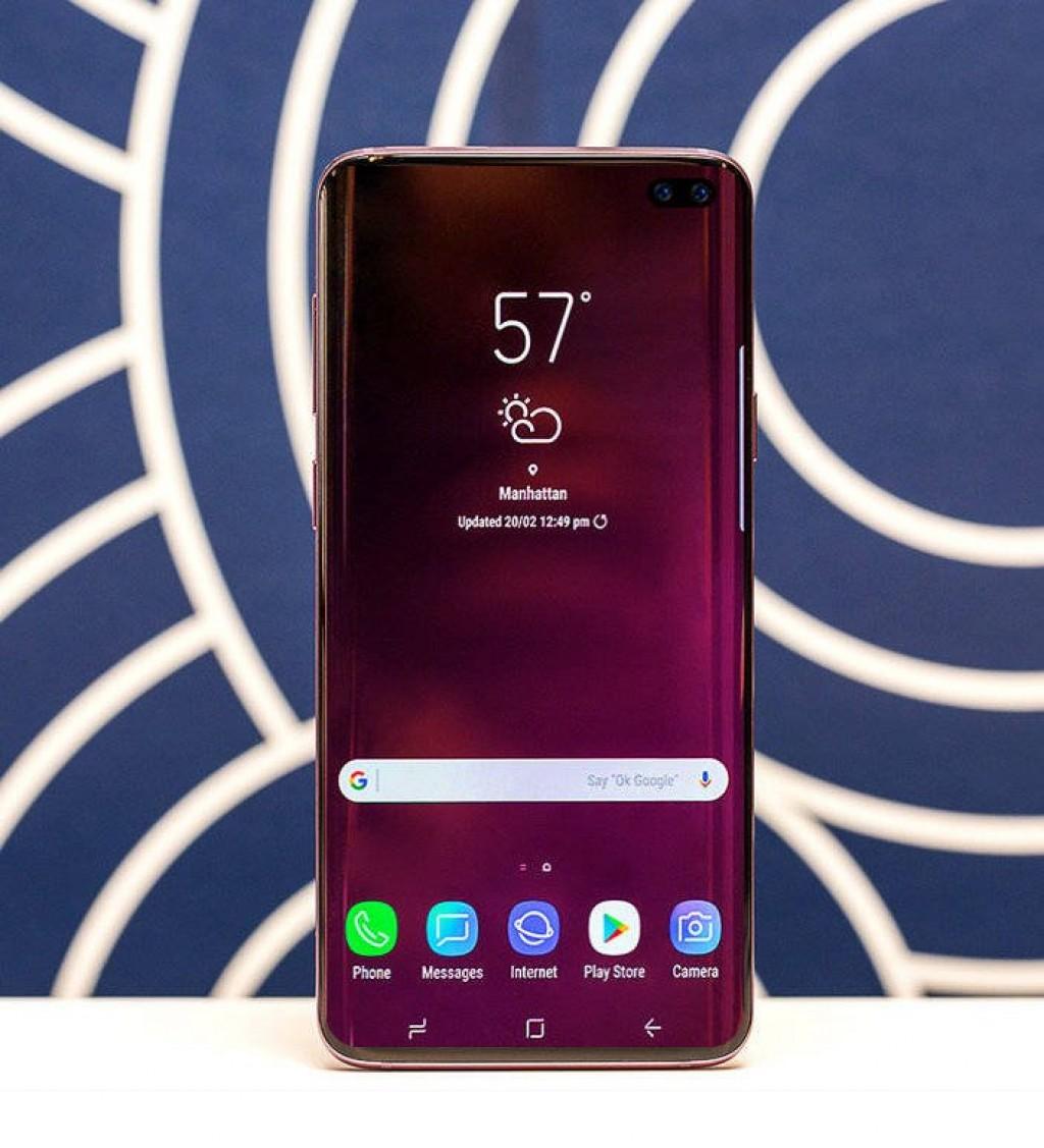 Samsung недаст чёлку Galaxy S10, нопродырявит экран