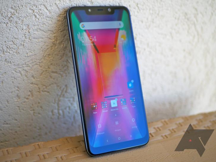Выуже купили Xiaomi Pocophone F1? Продано 700 тысяч штук за3 месяца