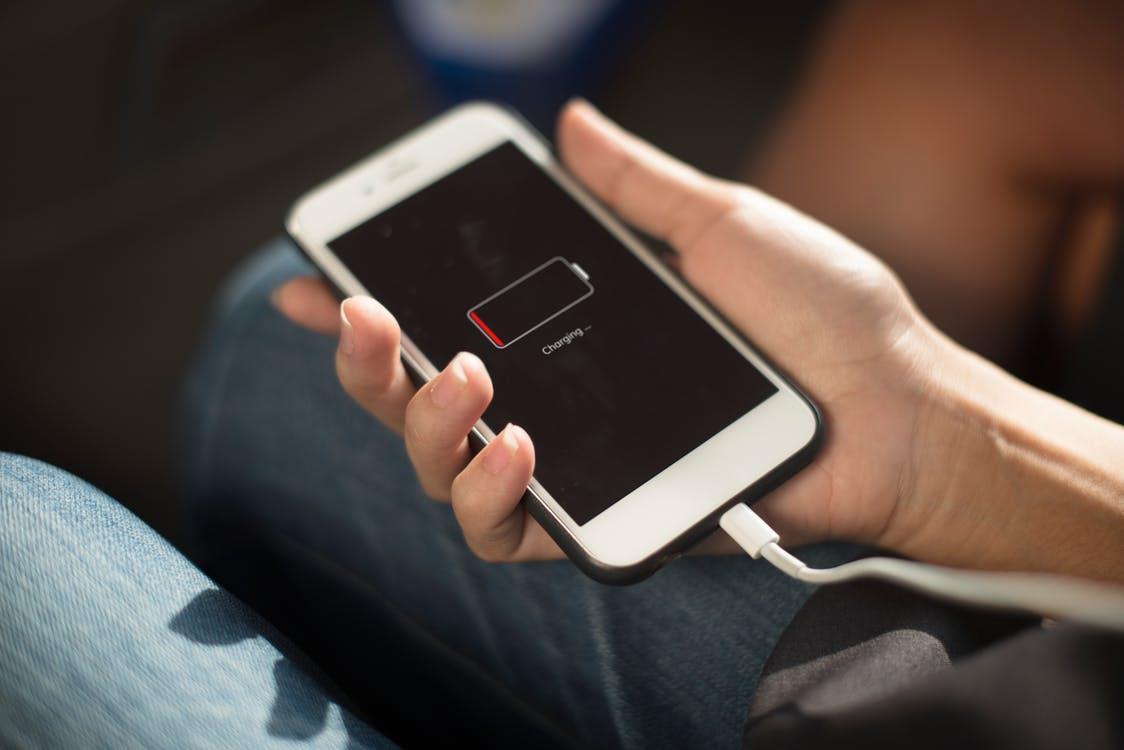 Как включить отображение заряда аккумулятора в процентах в Android?