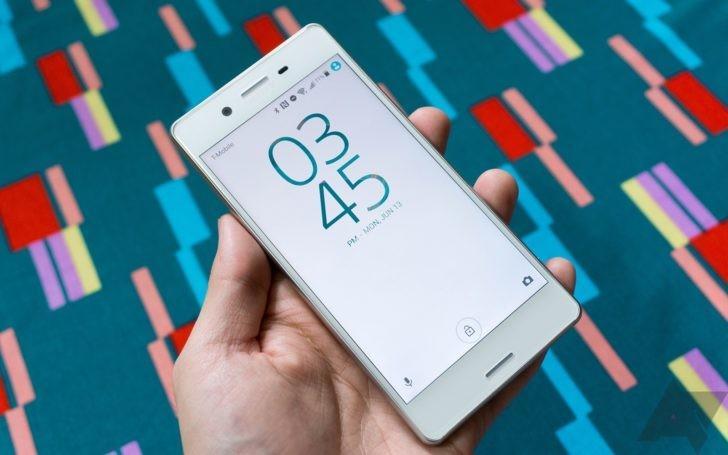 Sony Xperia X и X Compact стали получать обновления до Android Oreo
