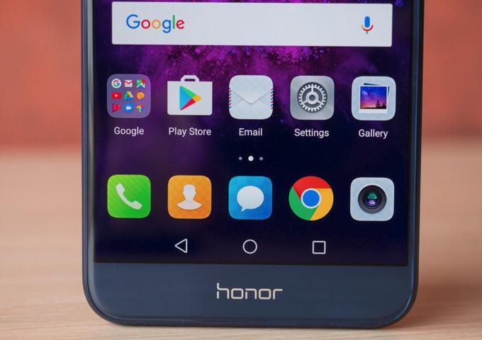 Пачка устройств Honor начала получать EMUI 8.0. Ваш есть среди них?