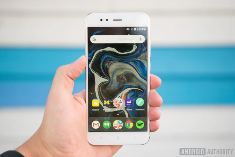 ТОП лучших смартфонов Xiaomi по версии западных СМИ