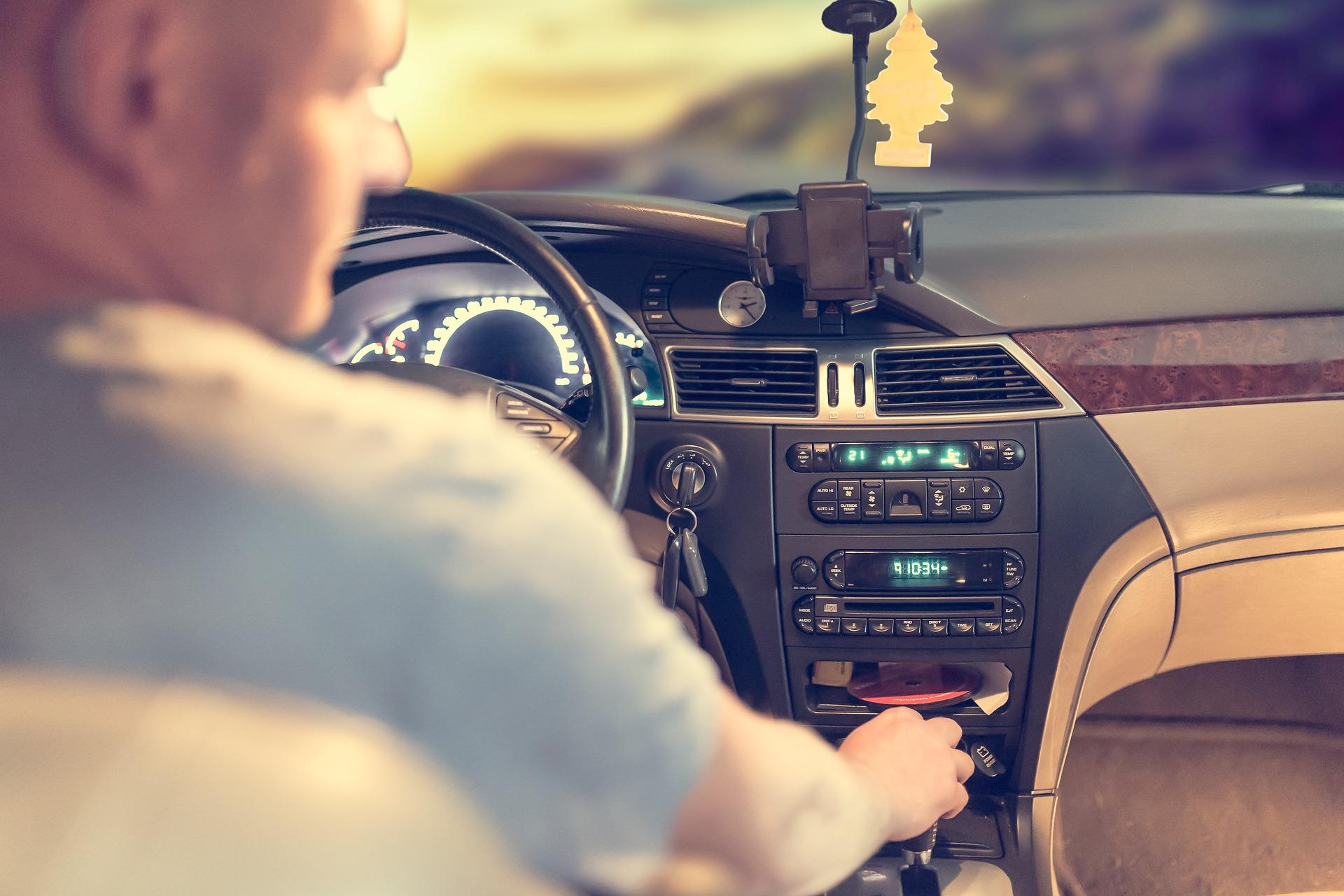 Neoline предупреждает: ккаким нововведениям начали готовить водителейБеларусив2018 году