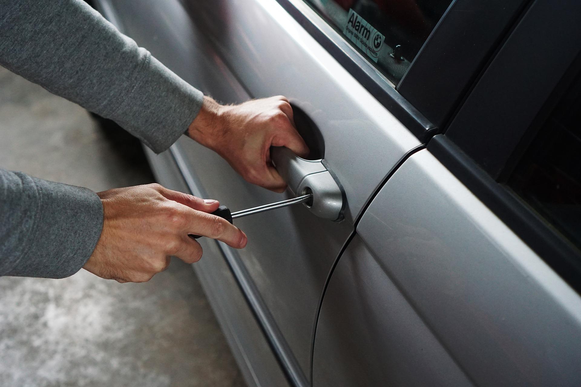 Как защитить автомобиль отворов: 5 лучших противоугонных технологий