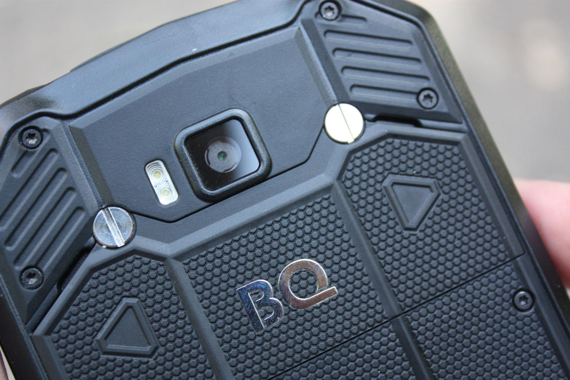 Обзор защищённого смартфона BQShark PRO (BQ-5003L)