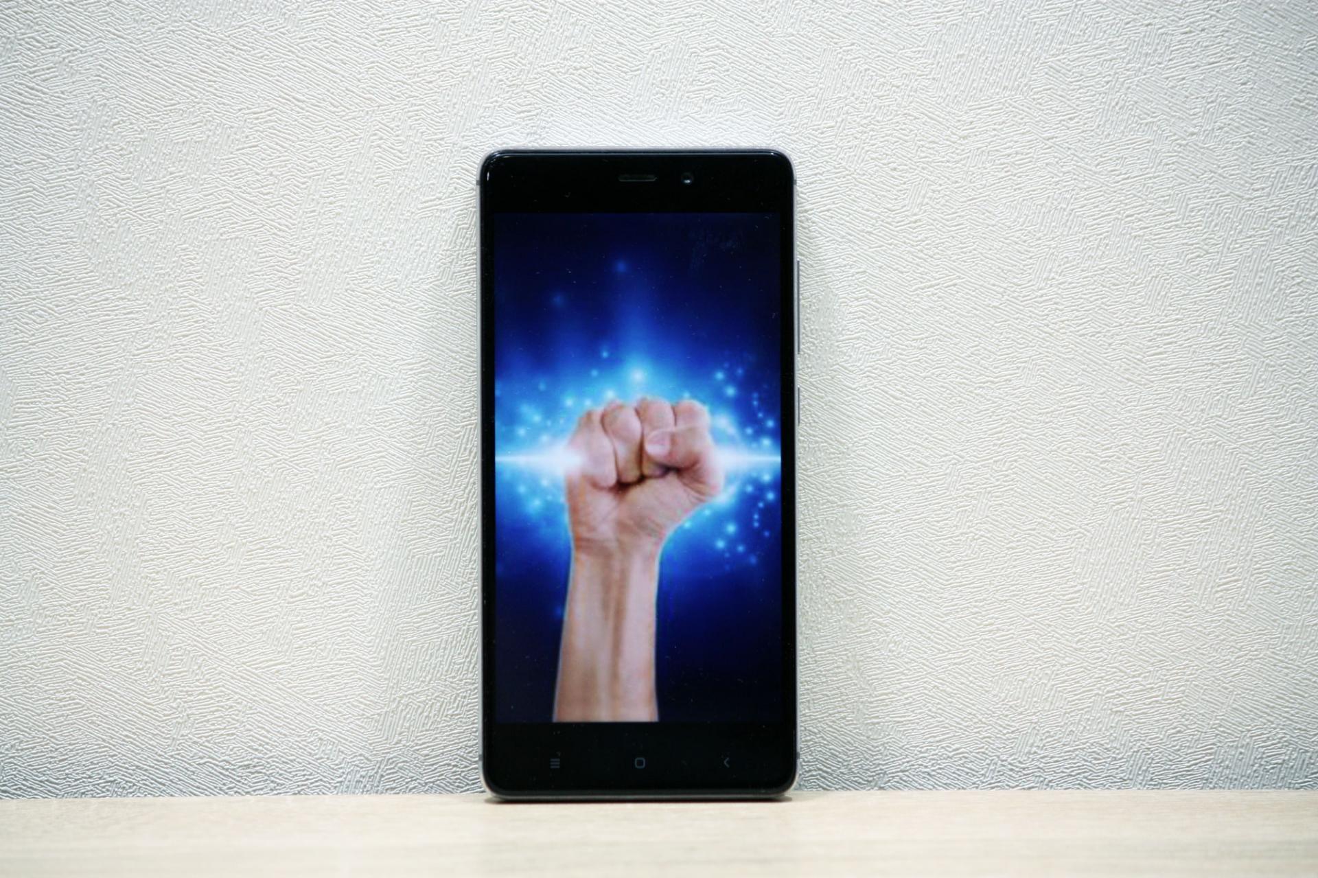 Эти смартфоны разносили конкурентов вдребезги вмарте