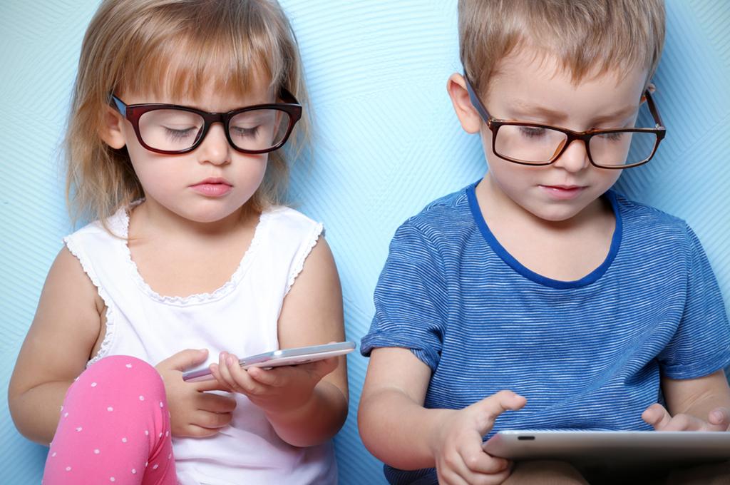 Игры для смартфона, которые надолго увлекут вашего ребенка