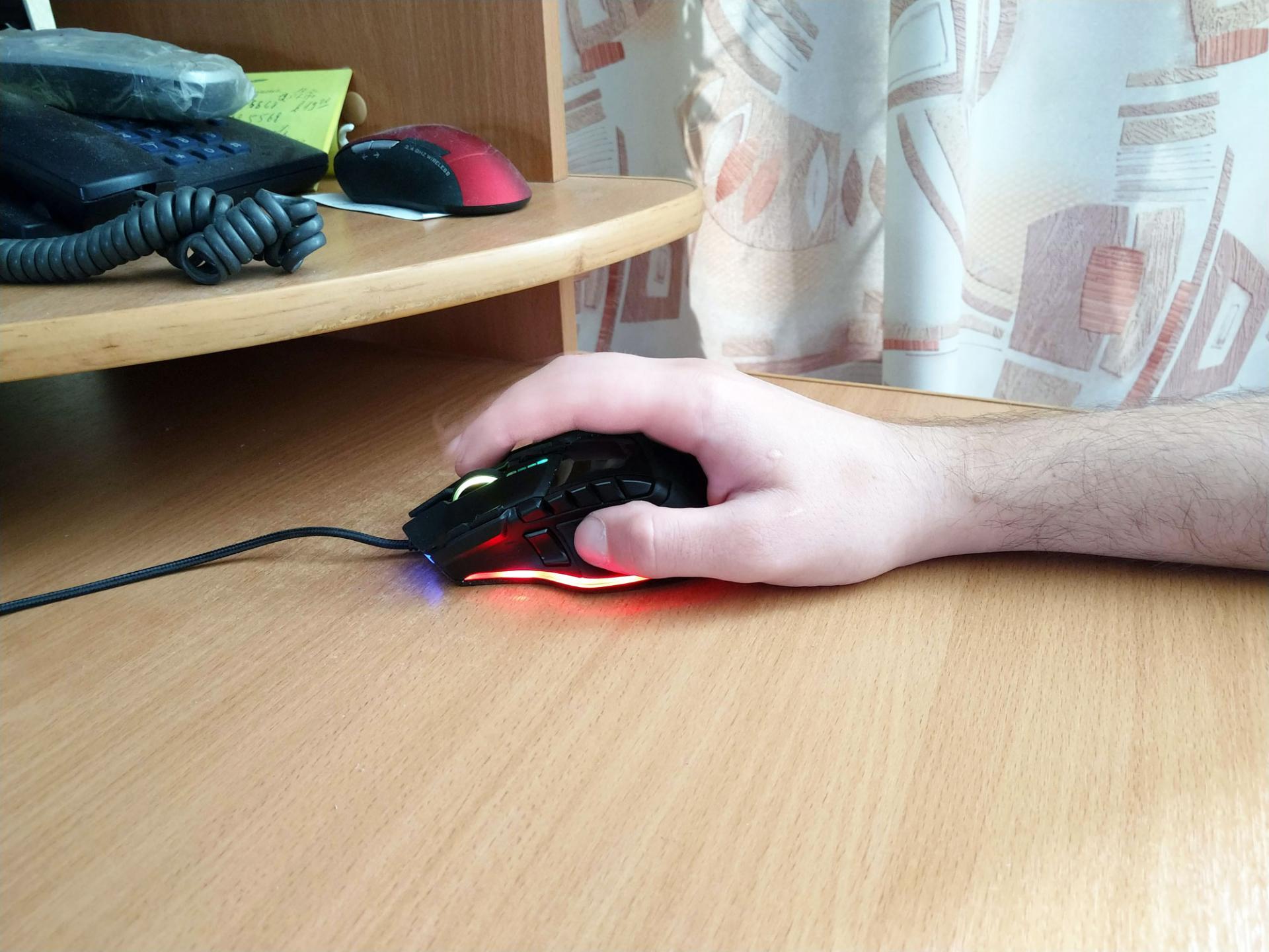 Обзор игровой компьютерной мыши Patriot Memory Viper PV570LUXWK