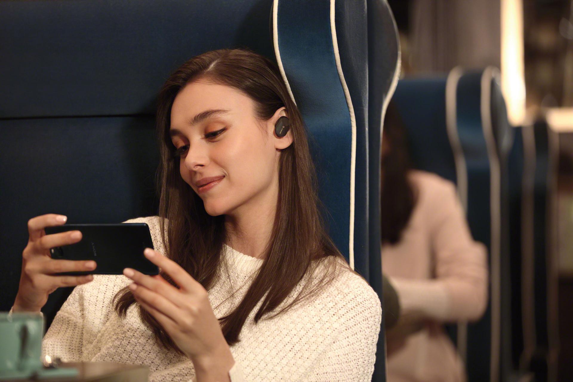 Sony запустила впродажу топовые внутриканальныенаушники WF-1000XM3 сшумоподавлением