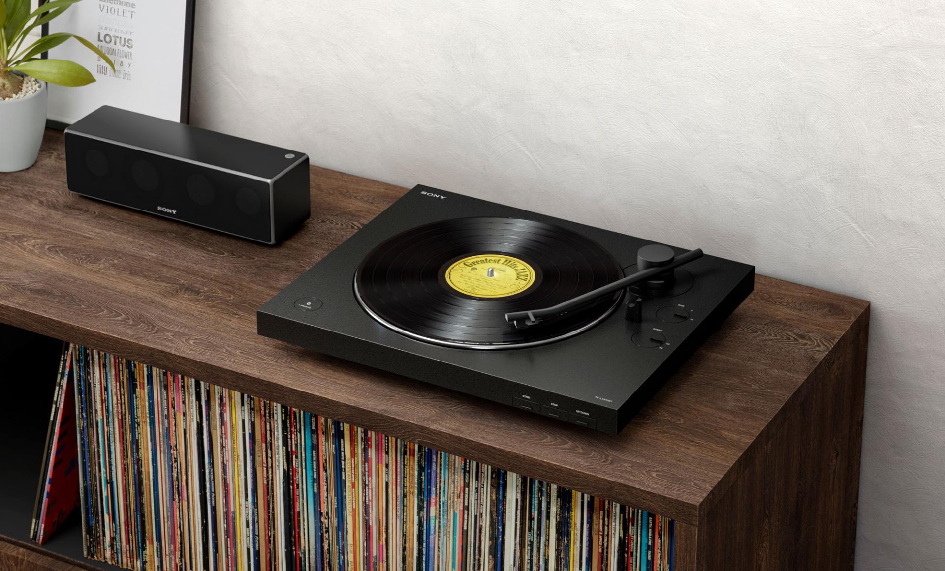 Звучание пластинок поBluetooth стало возможно спроигрывателем PS-LX310BT
