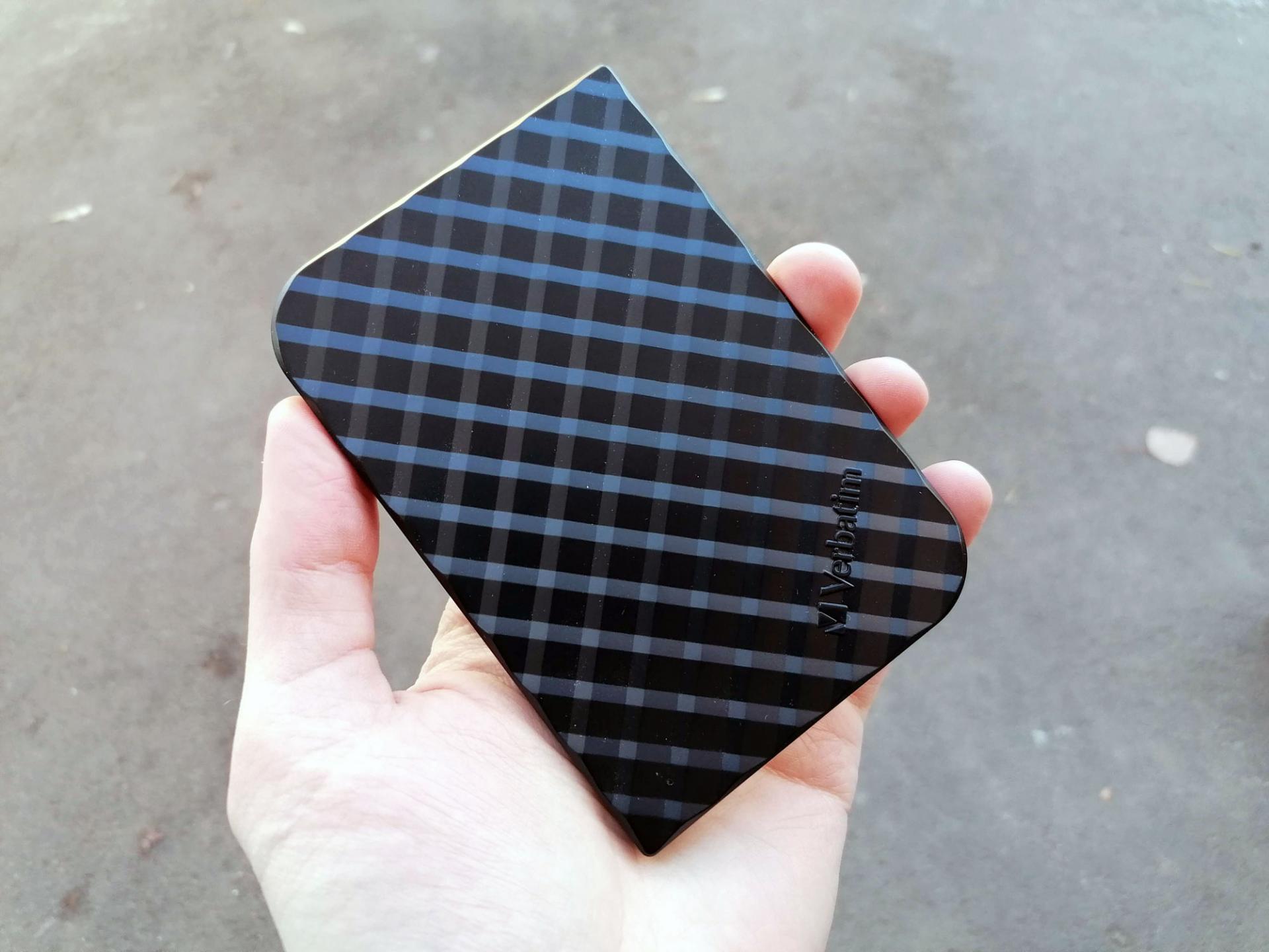 Обзор внешнего SSD Verbatim Store nGo240 Gb