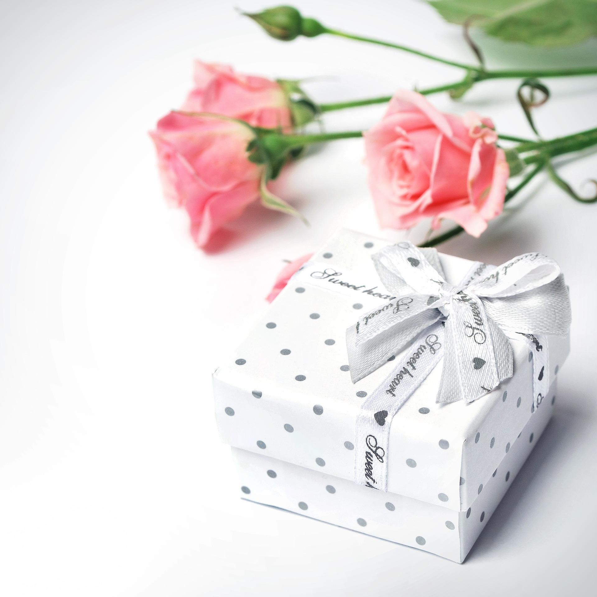 Что подарить на14 февраля? Выбираем подарки коДню святого Валентина