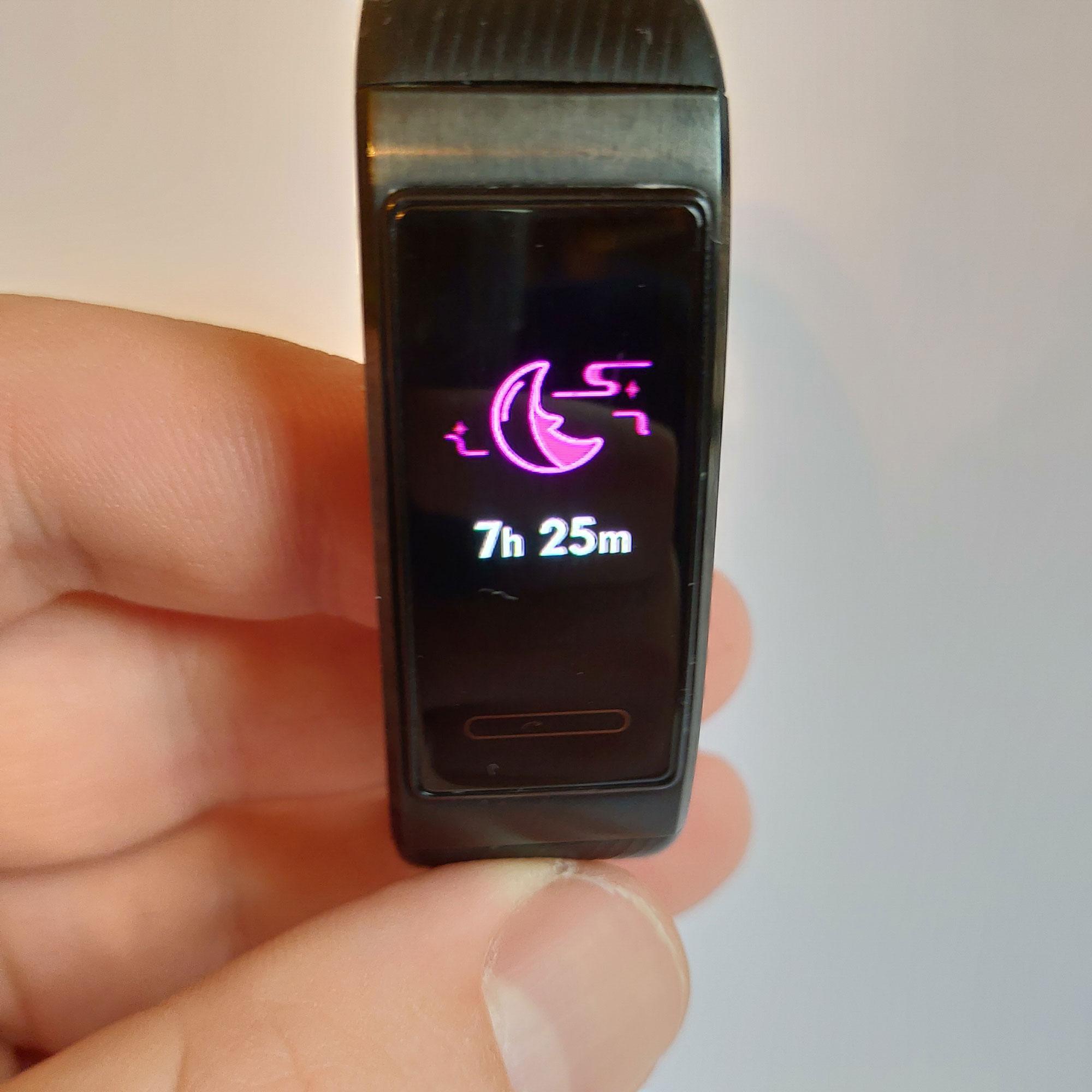 Обзор фитнес-браслета Huawei Band 3 Pro сцветным экраном