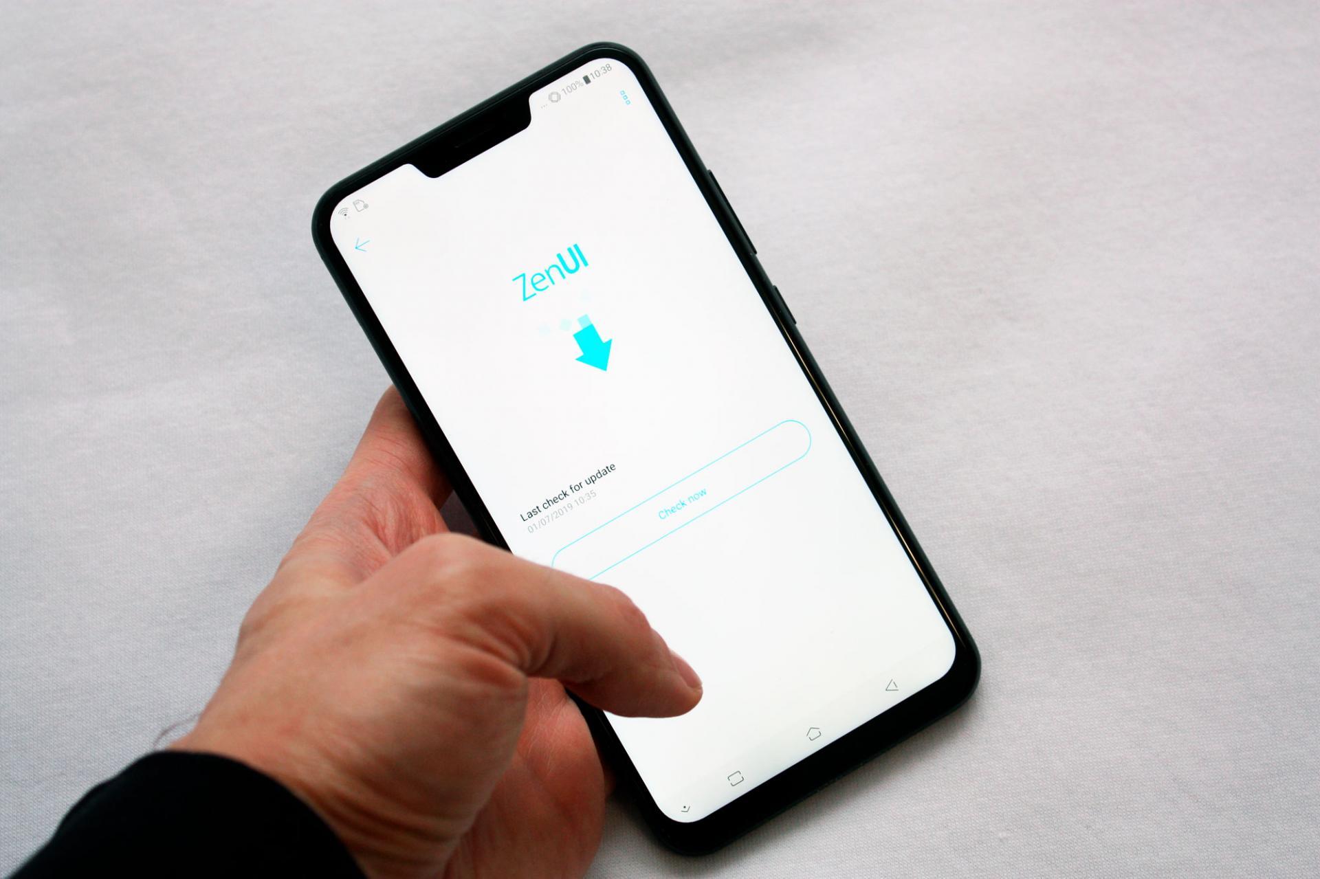Asus обновляет Zenfone 5 доAndroid Pie, нопока невРоссии
