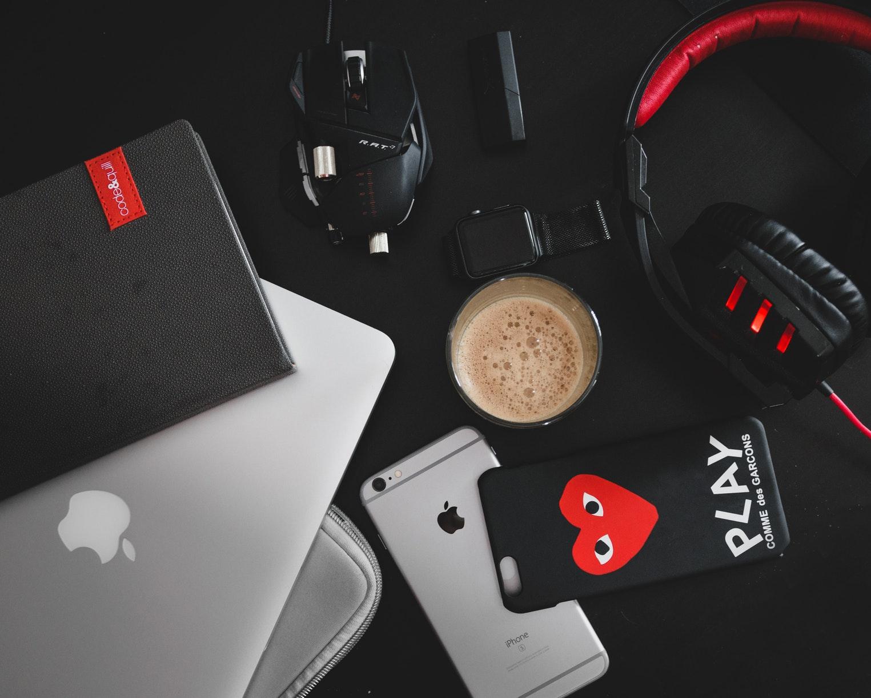 Какие ноутбуки исмартфоныискали ипокупали чаще всего в2018 году?