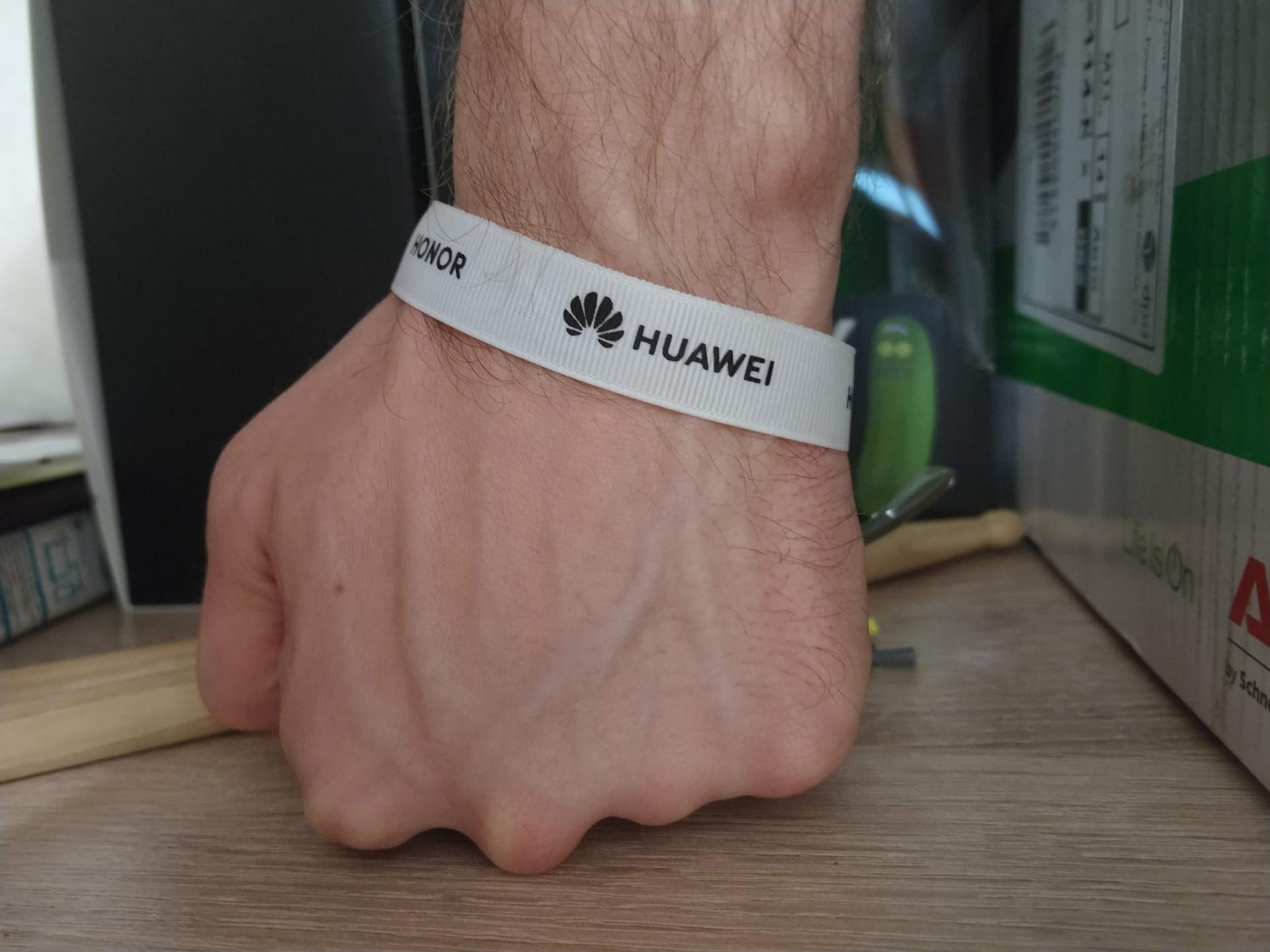 Huawei готовит собственную систему-конкурента Android